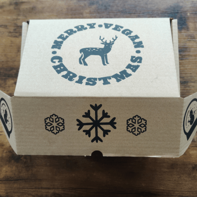 Cesta de navidad vegana dulces